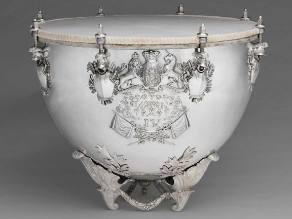silver kettledrum