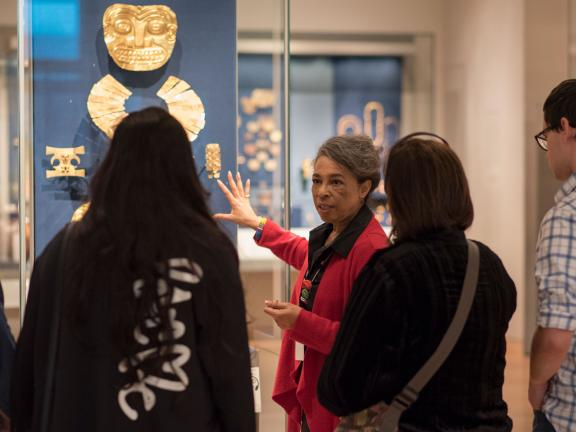 Group of people on a tour in Art of the Americas gallery