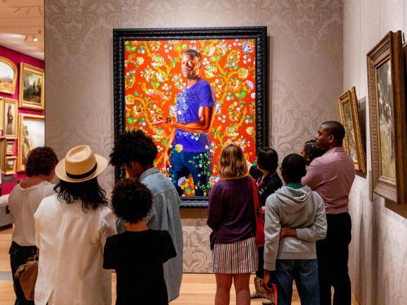 Group of students looking at Kehinde Wiley's painting, John, 1st Baron Byron