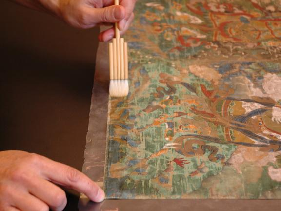 Consolidation treatment of a Tibetan painting
