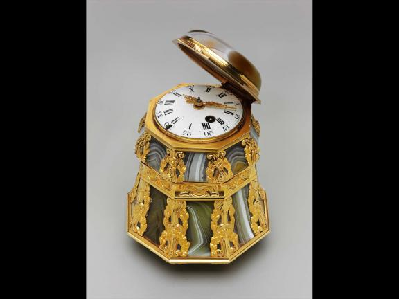 Bonbonniere mounted with a timepiece, about 1765