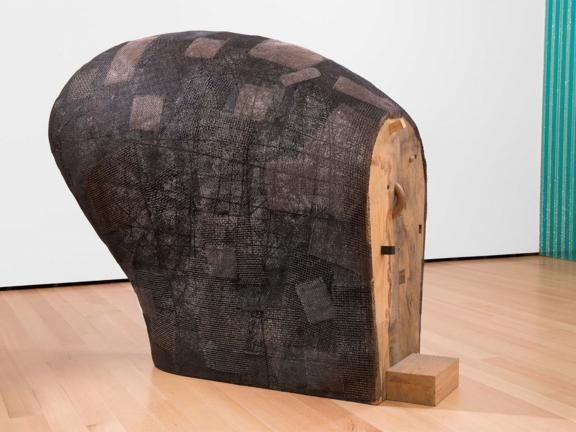 Martin Puryear, Confessional, 1996-2000.