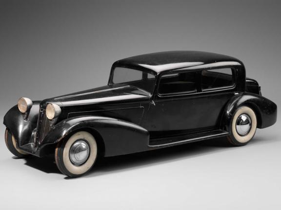model of 1934 LaSalle