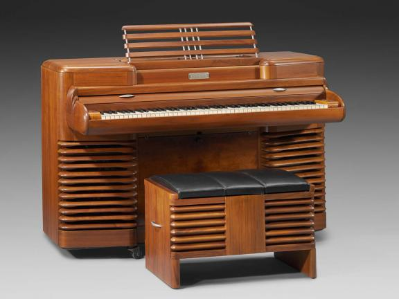 Manufactured by Story & Clark, Designed by John Vassos, Electric piano (Storytone model), about 1940