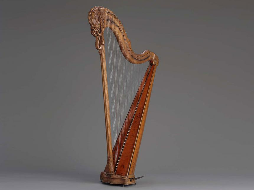 Pedal harp, made by Jean-Henri Naderman
