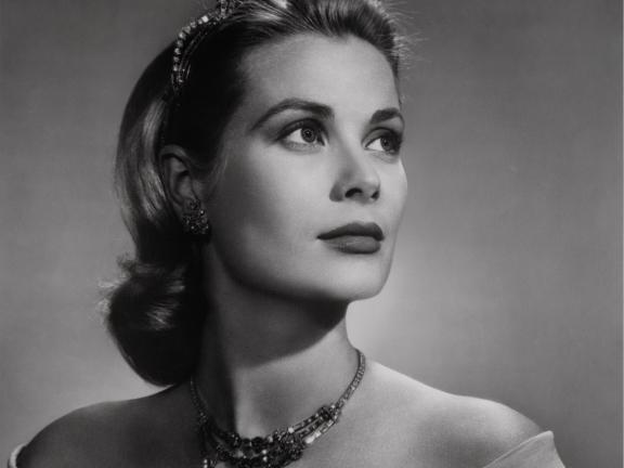 Black and white photographic portrait of Grace Kelly, Princess Grace of Monaco, 1956.